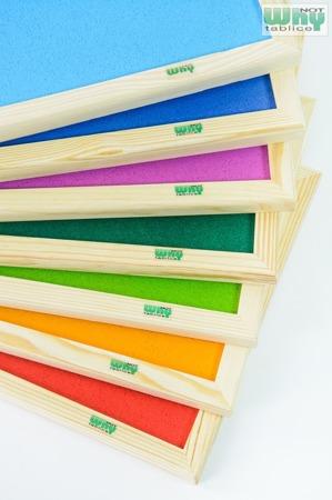 Tablica korkowa barwiona w ramie drewnianej 60x120 cm